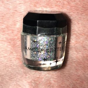 Other - Beauty Treats Glamour Silver Glitter